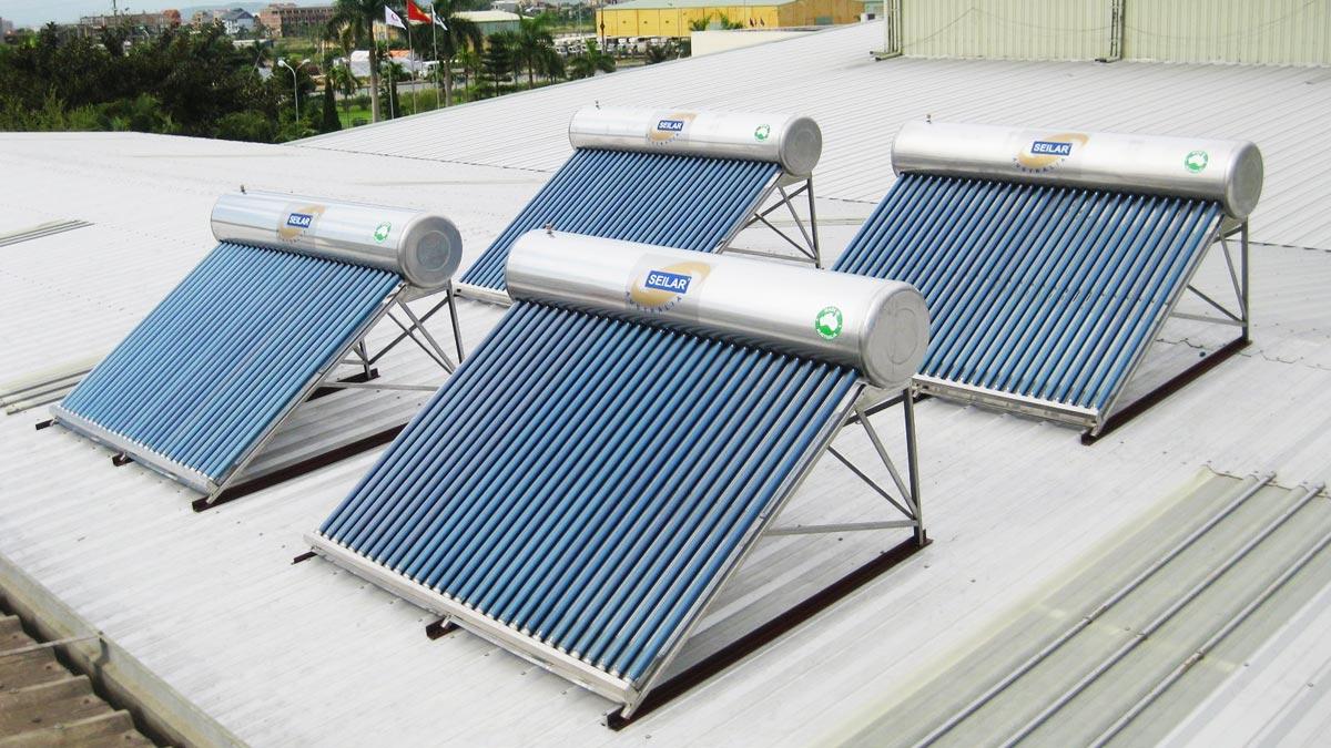 Máy nước nóng năng lượng mặt trời loại nào tốt