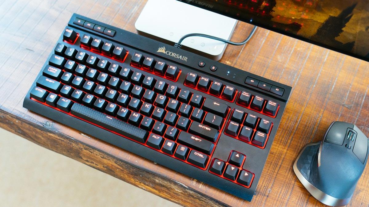 Review bàn phím Corsair K63
