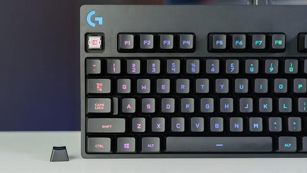 logitech-g-pro-keyboard-5