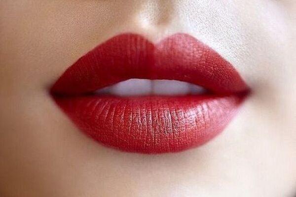 mac-russian-red