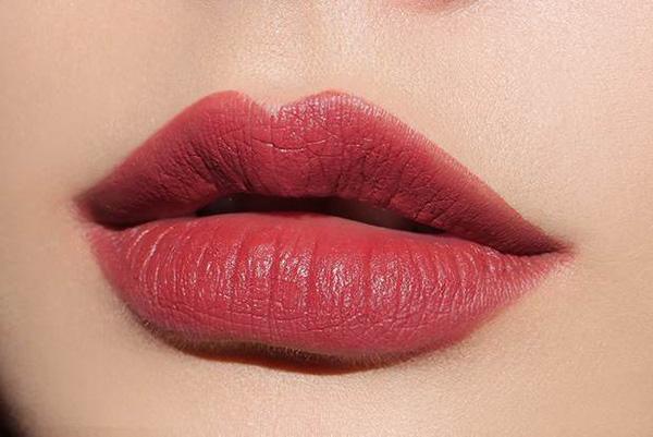 Son 3CE Lily Maymac màu #118 Holy Rose – Đỏ đất
