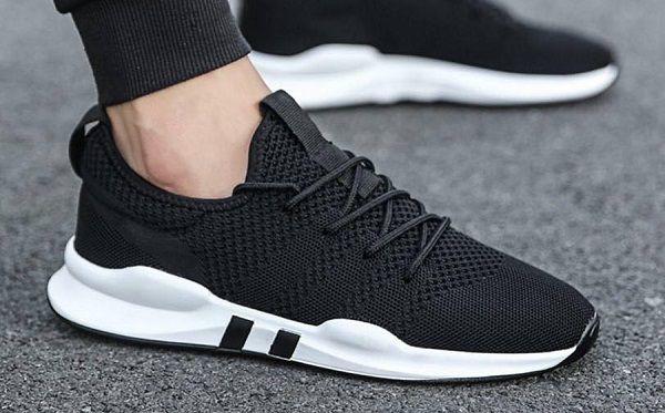 chọn giày thể thao cho người thấp