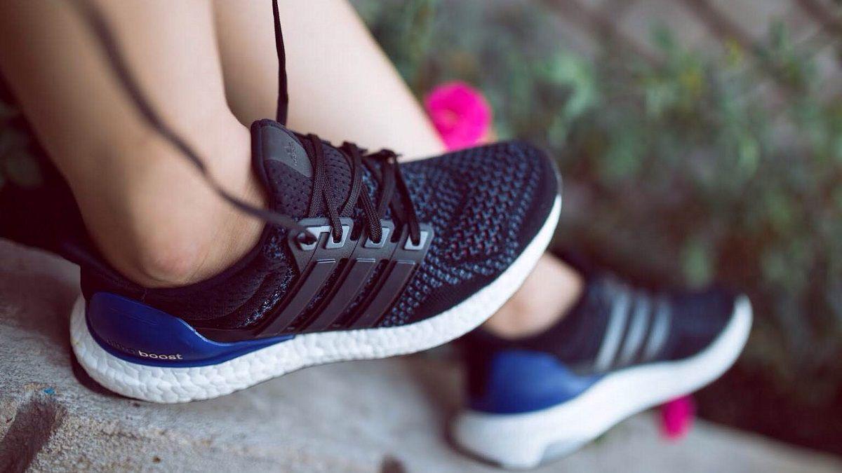 cách chọn giày thể thao cho người chân to