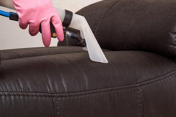 Người già có dùng ghế massage được không?