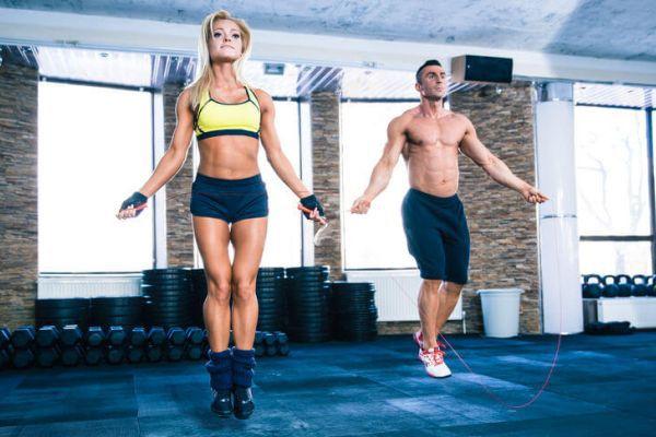 Quần áo tập Gym nên là vải cotton