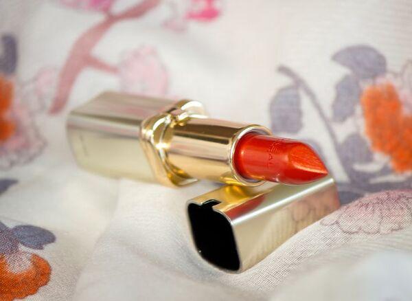 #407 Liya's Red màu Đỏ thuần