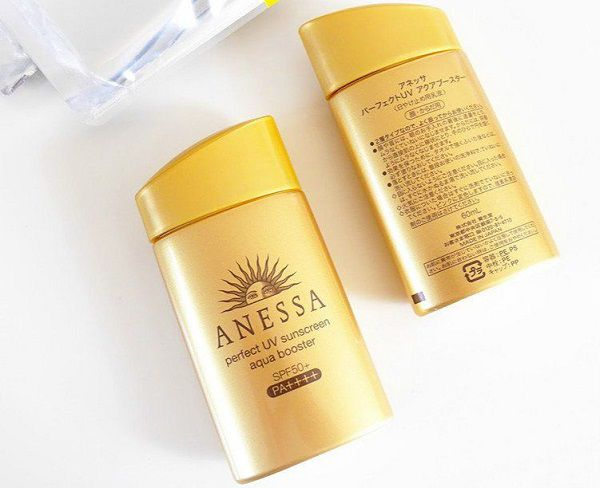 Anessa Perfect UV Sunscreen Aqua Booster Mild (màu vàng nhạt)
