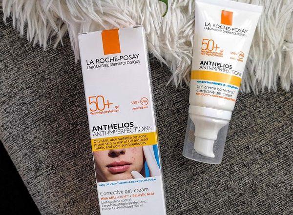 Anthelios Anti-imperfections dành cho mặt dễ bị mụn