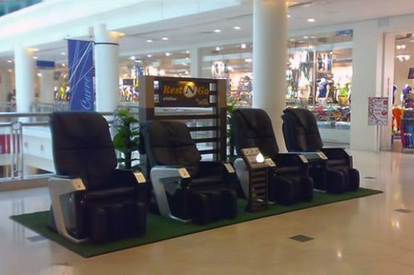 Ghế massage tính tiền xuất hiện nhiều ở những nơi đông người