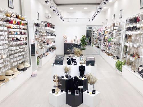 Make Color Shop - Thiên đường phụ kiện giá rẻ