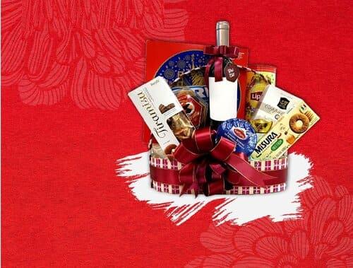 Nên tặng món quà nào cho người thân, bạn bè trong dịp năm mới?