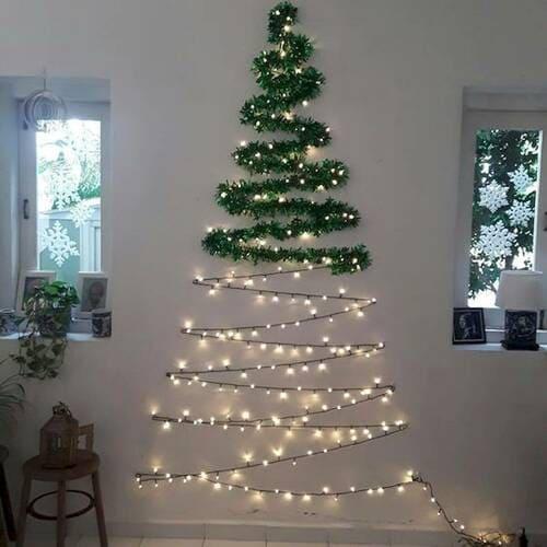 Làm cây thông Noel từ đèn dây